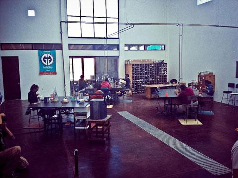 Die Produktionshalle von Grolla Glass Mexiko